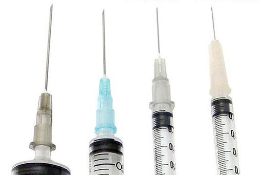 極細の注射針
